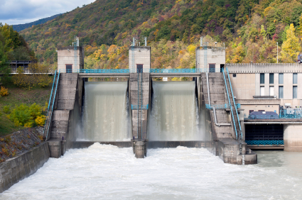iStock 000018345694XSmall Alternative and Sustainable Energy Sources: Hydro Power