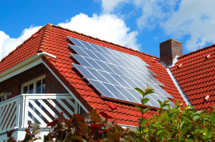 iStock 000003762406XSmall Alternative and Sustainable Energy Sources: Solar Power