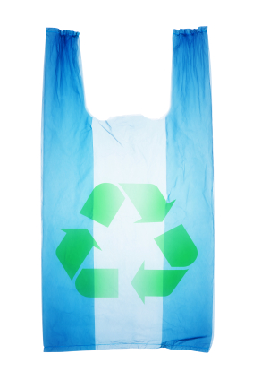 iStock 000018388473XSmall Six Ways to Reuse Your Plastic Grocery Bags