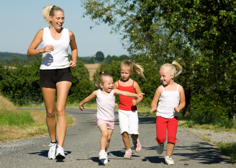 Easy Ways for Parents to Exercise with Kids